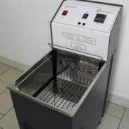 Thermostat for sample bottles temperature control